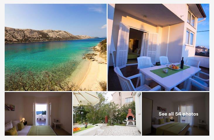 2 bedroom APP near beach/big terrace/sea view - Barbat