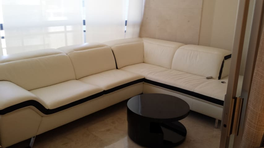 Deluxe 3 Bdr Apt in Central Beirut -  Mar Elias
