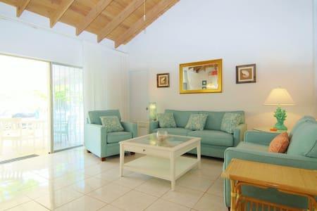 Private 2 Bed Villa Near Atlantis! - Paradise Island