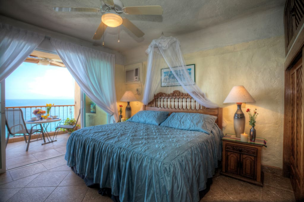 Master Bedroom, opens onto Balcony