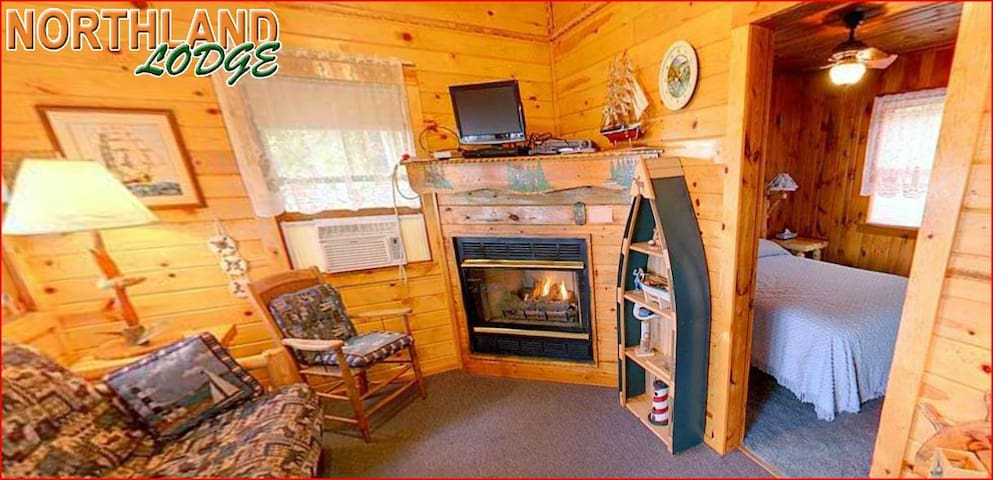 Knotty Pine - 2 bedroom 1 bath on the lake