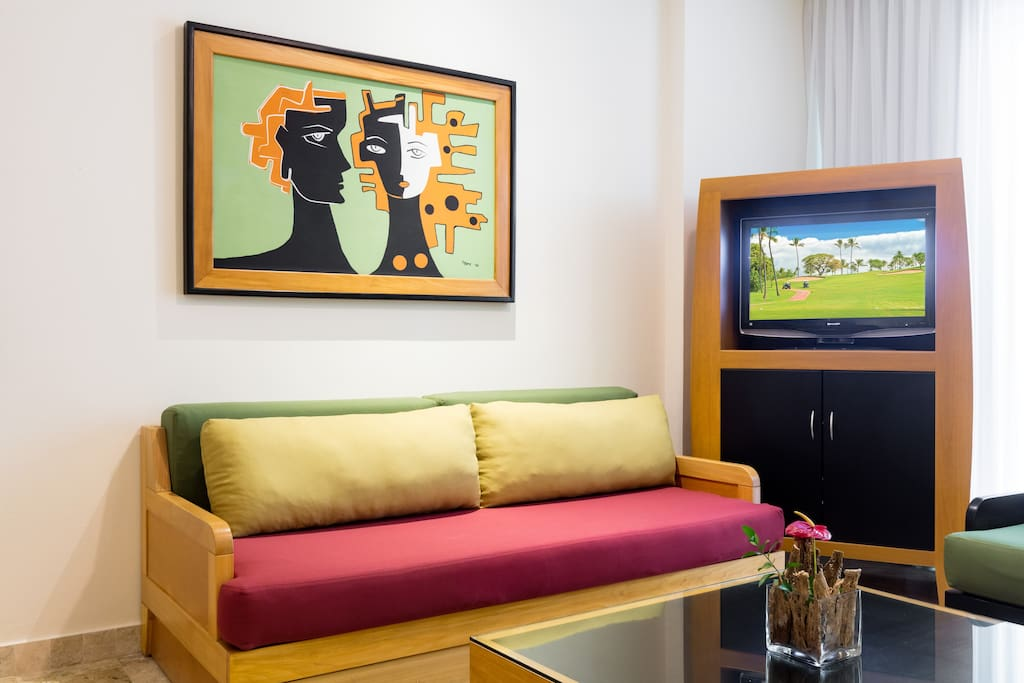 Exquisitely furnished with modern decor and art.