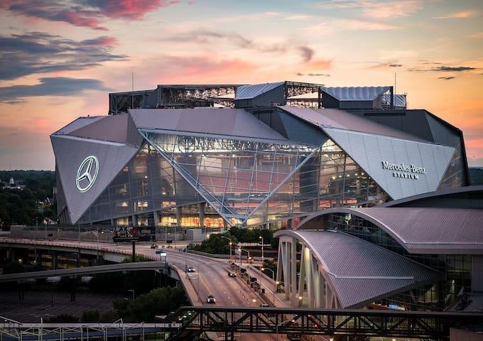 Here for Super Bowl? 12 Min walk away!