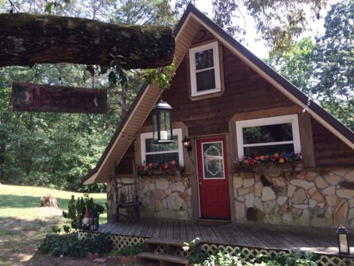 Fairy Tale Cottage in Chickamauga, GA