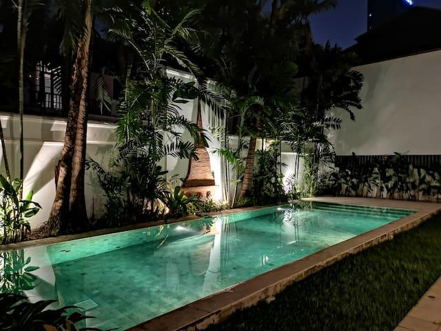 Three-bedrooms Thai Villa in Asok
