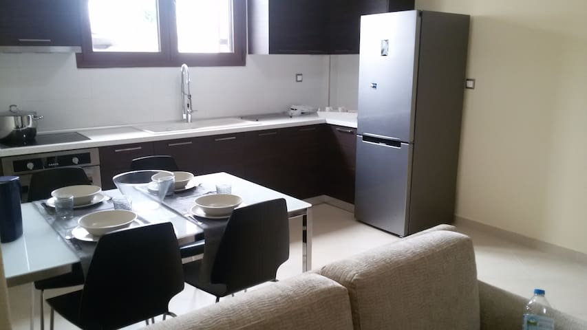 Brand new apartment in the center of Nikiti!! - Chalkidiki - Huoneisto