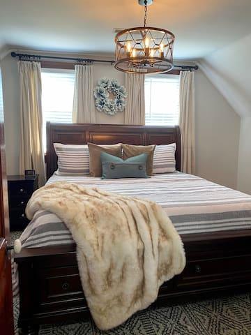 Bedroom 3, King 2nd floor