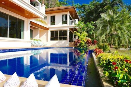 Resort Style Large Villa + pool on your doorstep - Phuket