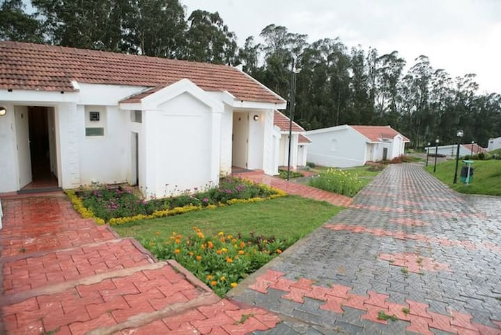 StumpFields at Ooty