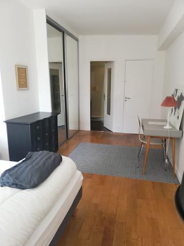 La chambre parentale de 17 m2.