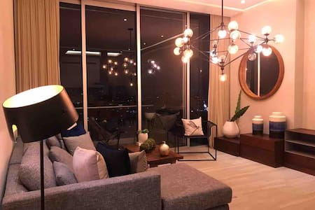 Great view, luxury & cousy penthouse near Minerva