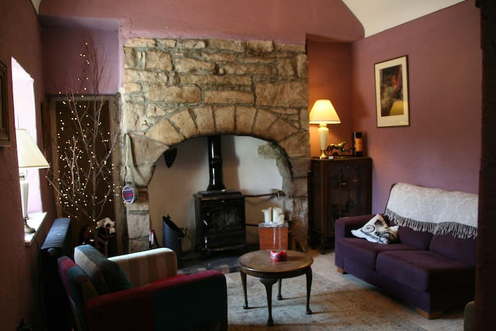 Stay at Well Cottage by the Sea - Sligo - Bed & Breakfast