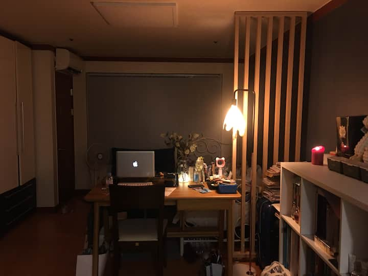 "Cozy studio room ""행신역""  (from 6~8min by walk)"