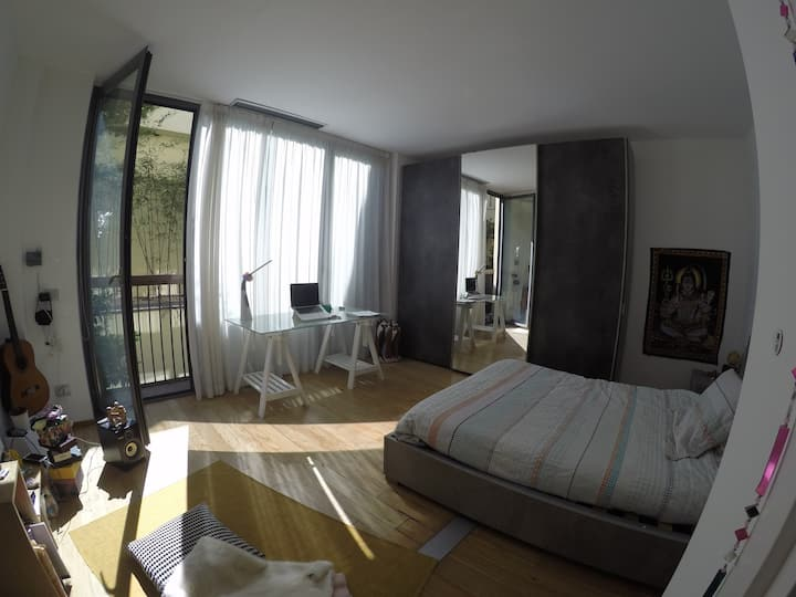 Delightfull room, bright and quiet