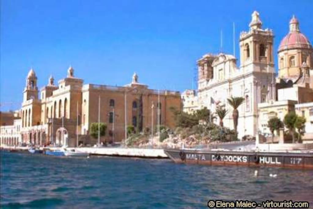 Vittoriosa, the second capital of Malta. Only 20 minutes walk from our place.
