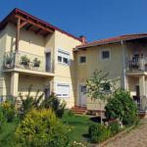 Mária-Lak Apartmanház, Zalakaros - Zalakaros - House