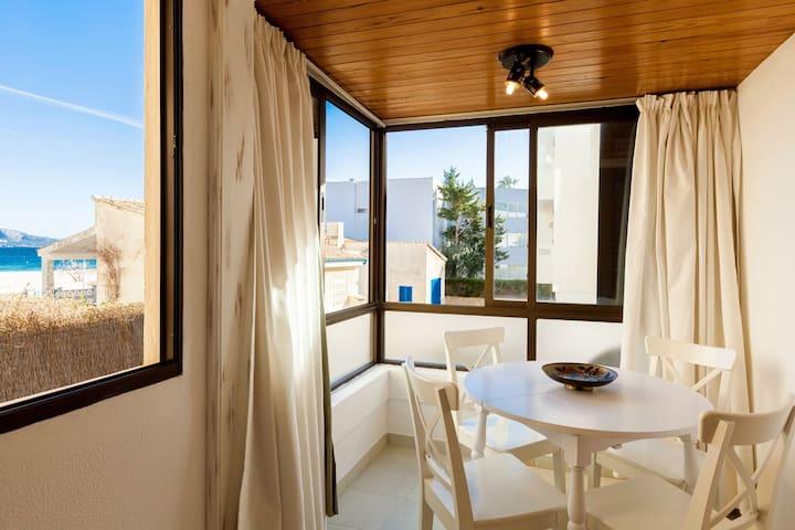 Tamarells. Sea views apartment in Puerto Pollença.