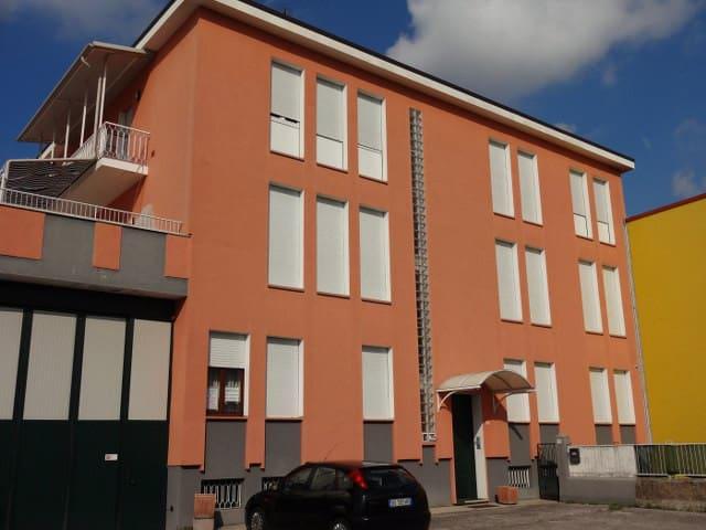 camera doppia con bagno in camera - 烏迪內(Udine) - 公寓