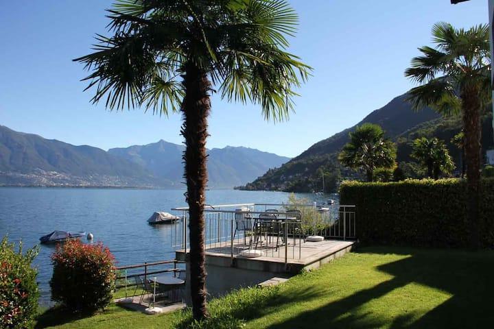 Casa Miralago, direct lake access