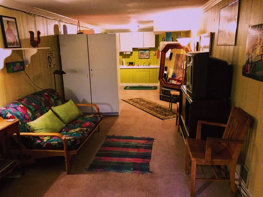 Living room looking into kitchen.