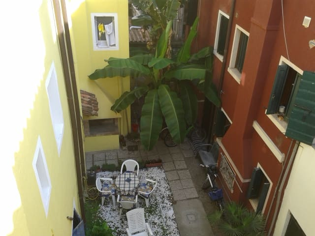 Cosy apartment 50 mts from the sea! - Caorle - Huoneisto