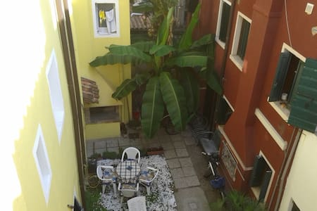 Cosy apartment 50 mts from the sea! - Caorle - Apartamento