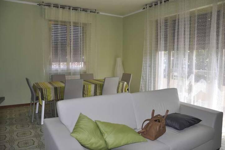 Grande appartamento con giardino - Forte dei Marmi - Apartment