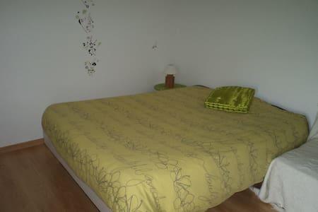 Chambre confortable et lumineuse - Le Langon - Ev