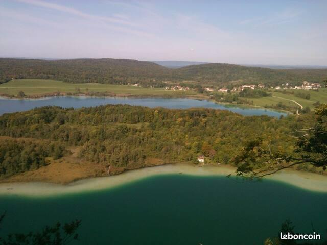 Bungalow Jura région lacs et cascades