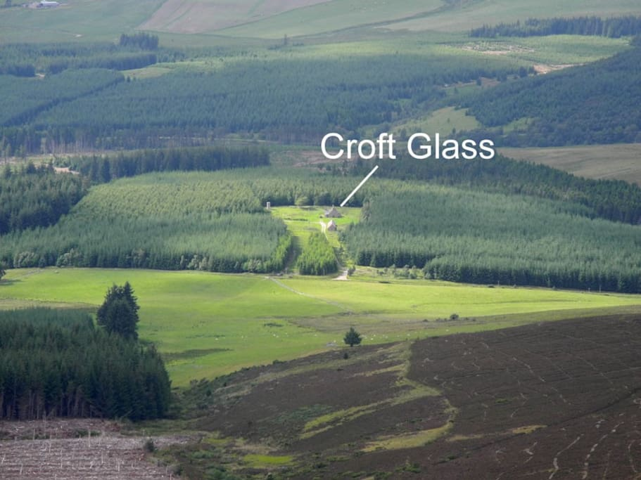 Location of Croft Glass, our Neibours are approx. half a mile away.  Croft Glass auf seiner Waldlichtung. Die Nachtbarn sind ca. 1km entfernt...