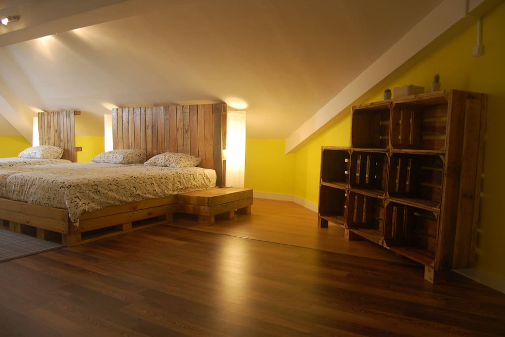 Triple Attic Room with shared bathroom for 2-3 people