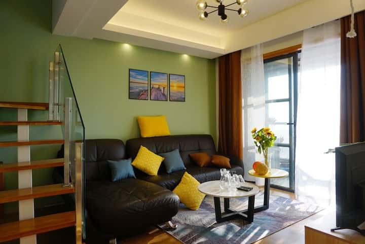 银滩海景远景LOFT复式高层两房两卫一厨三阳台套房24楼