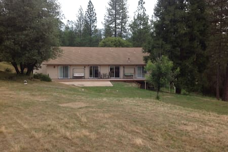 Bass Lake, near Yosemite 3BR 2BA - Wishon - Hus