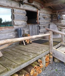 Authentic Log Cabin - Coole - Skur