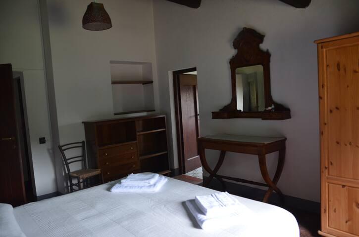Antica camera matrimoniale