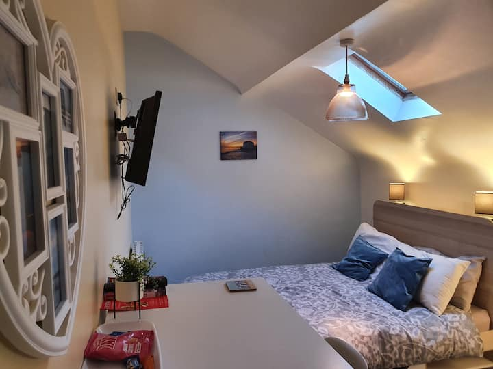 Loft bedroom 'The Annex'