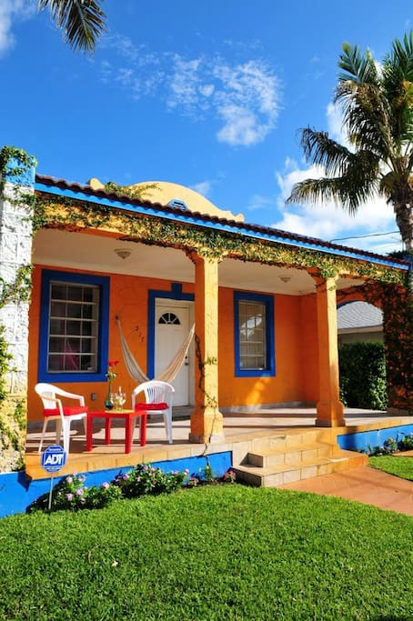 Little havana historic property houses for rent in miami for Big houses in miami
