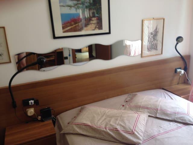 appartamento a 10 metri dal mare - Varazze - House