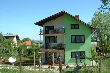 Double room with private bathroom  - Samokov - Bed & Breakfast