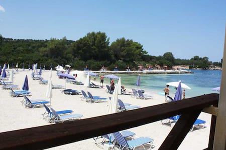 Monolocale Vista Mare 50m spiaggia - Ksamil - Квартира