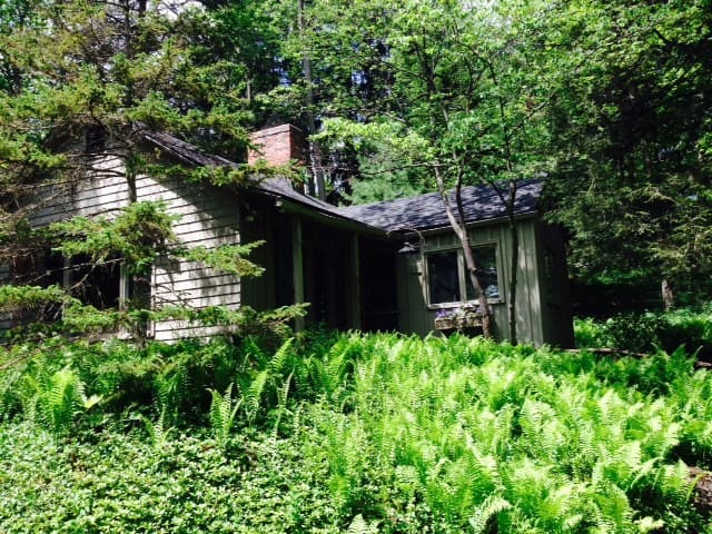 Charming Cabin in the Woods - Fairport - Srub