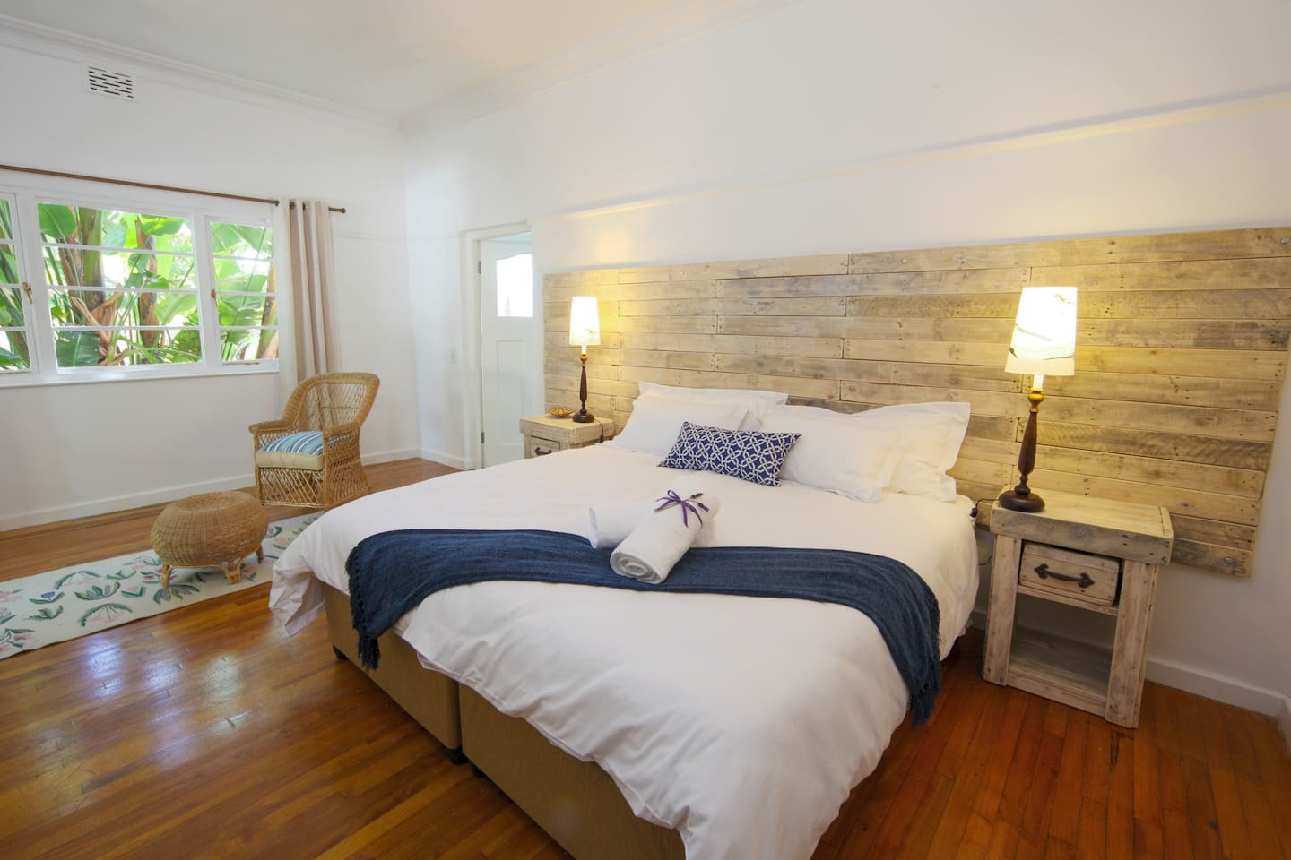 Lots of room and natural light. Comfortable King-size extra length bed.