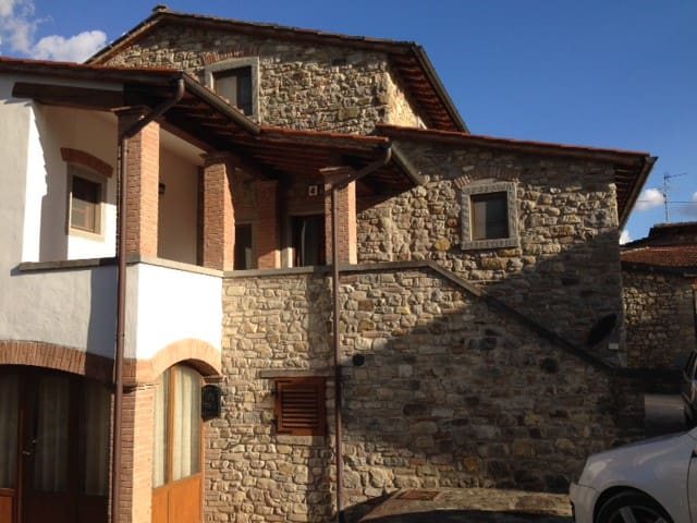 Casa podere Sant'Andrea - Soci - อพาร์ทเมนท์