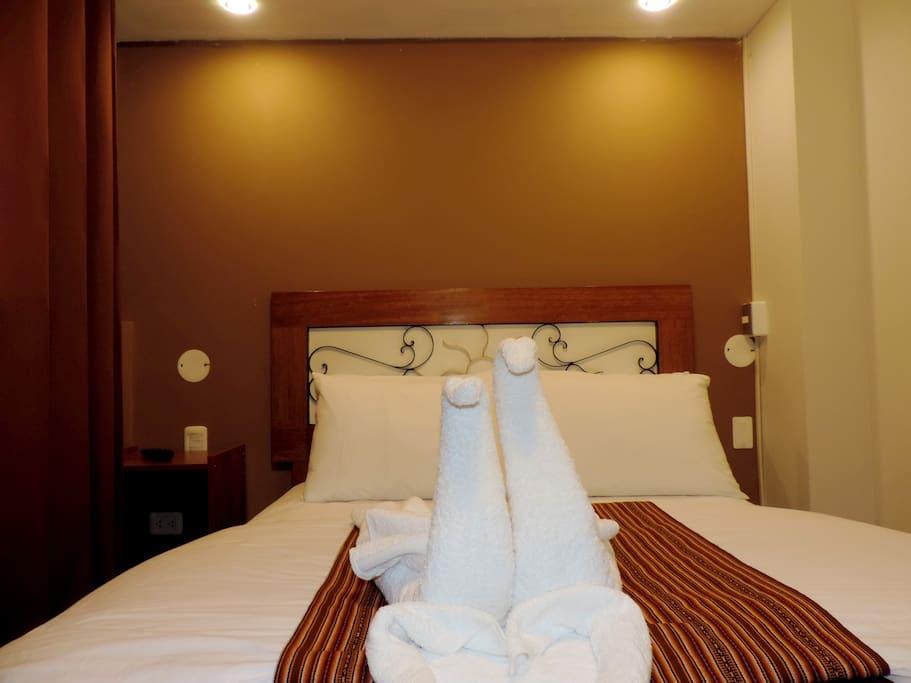 Habitaci n matrimonial machupicchu chambres d 39 h tes louer aguas calientes cuzco p rou - Vinilos decorativos aki ...