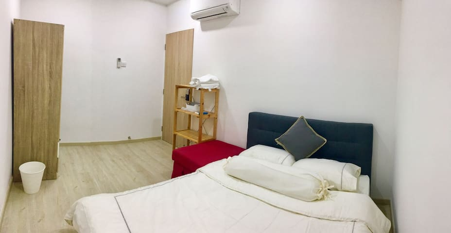 1 Bedroom - Room 2