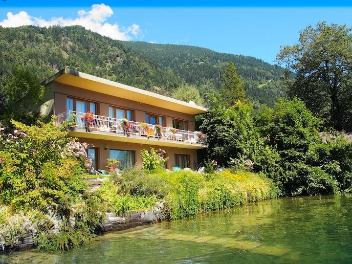 Garten Wohnung im Seehaus Irk
