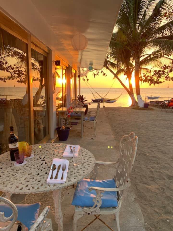 Beach Front #1 room   Villa Blanca ,Batangas Beach