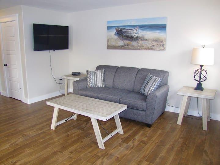 Coastal Suite #4