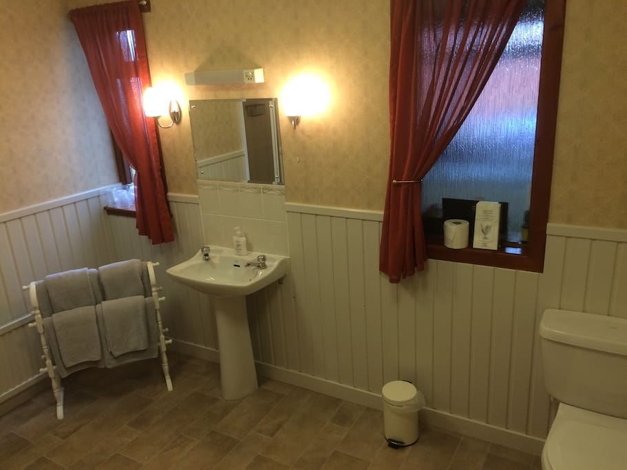 Large private facilities for the sole use of guests in the family room.