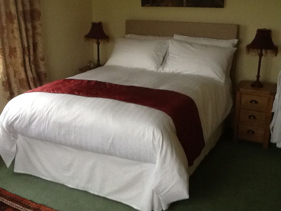 Lovely spacious double room with TV wifi and tea and coffee making facilities provided.